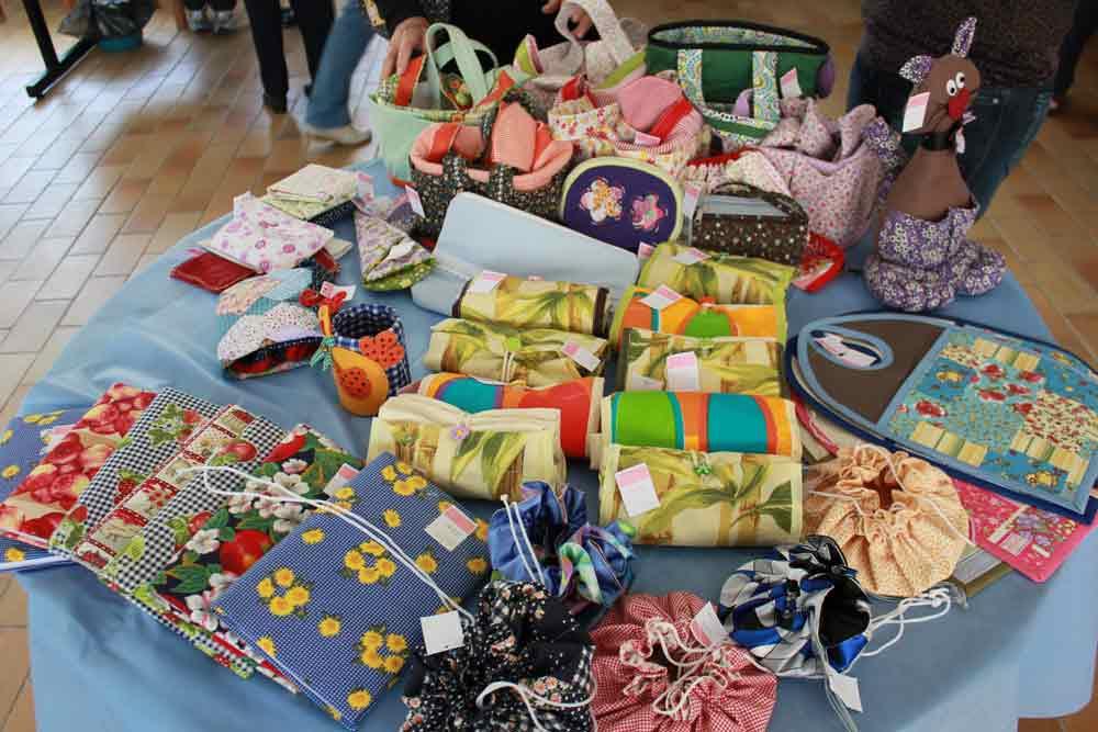 Você está vendo imagens do artigo: CEAJ Jacareí - Bazar do Voluntariado