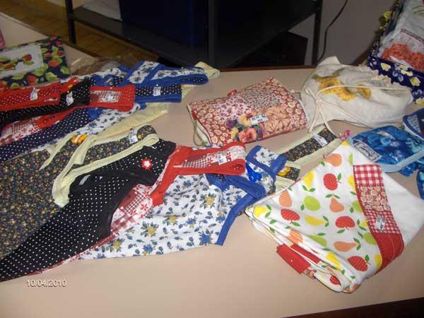 Você está vendo imagens do artigo: CEAJ Jacareí - Feira Beneficente de Artesanato - Dez/12